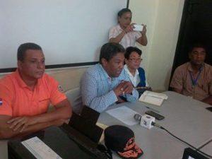 , Comisión Provincial de  Emergencias de Barahona se reúne ante el paso del huracán Matthew por el Sur.