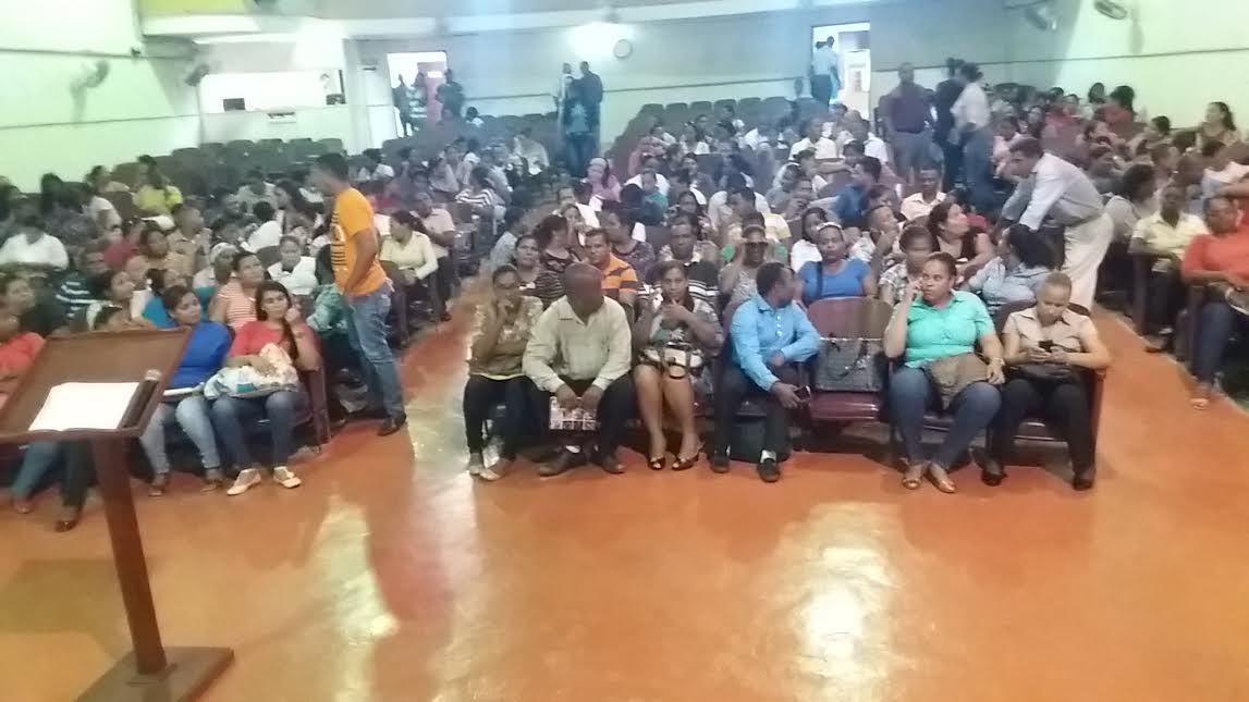 Ministro de Educación, Regional de Educación realiza taller de inducción a postulantes concurso oposición.