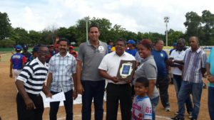 , Barahona Béisbol Club deja Inaugurado su tercer torneo.