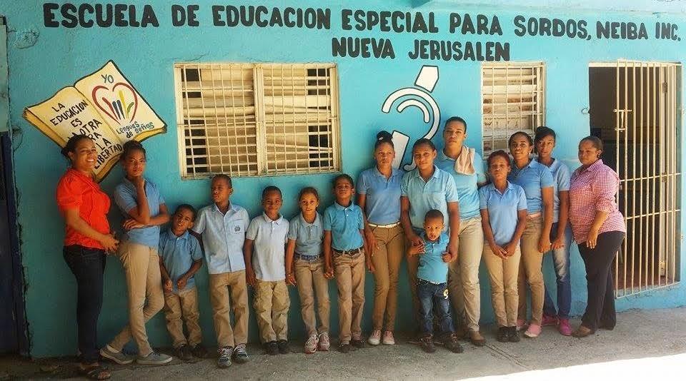 , Escuela de Sordomudos en la región sur inicia inscripciones para niños y adultos.