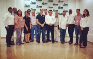 , Directivos de Khoury Industrial visitan planta de producción de ISM Dominicana