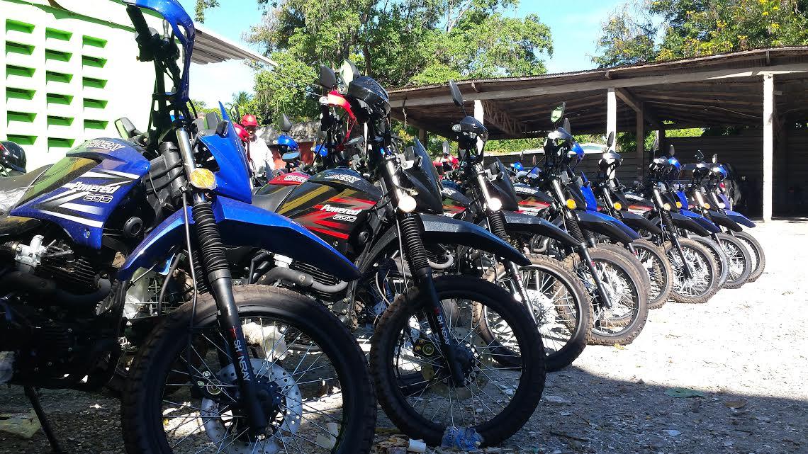 , Dirección regional de agricultura entrega motocicletas para agrónomos.