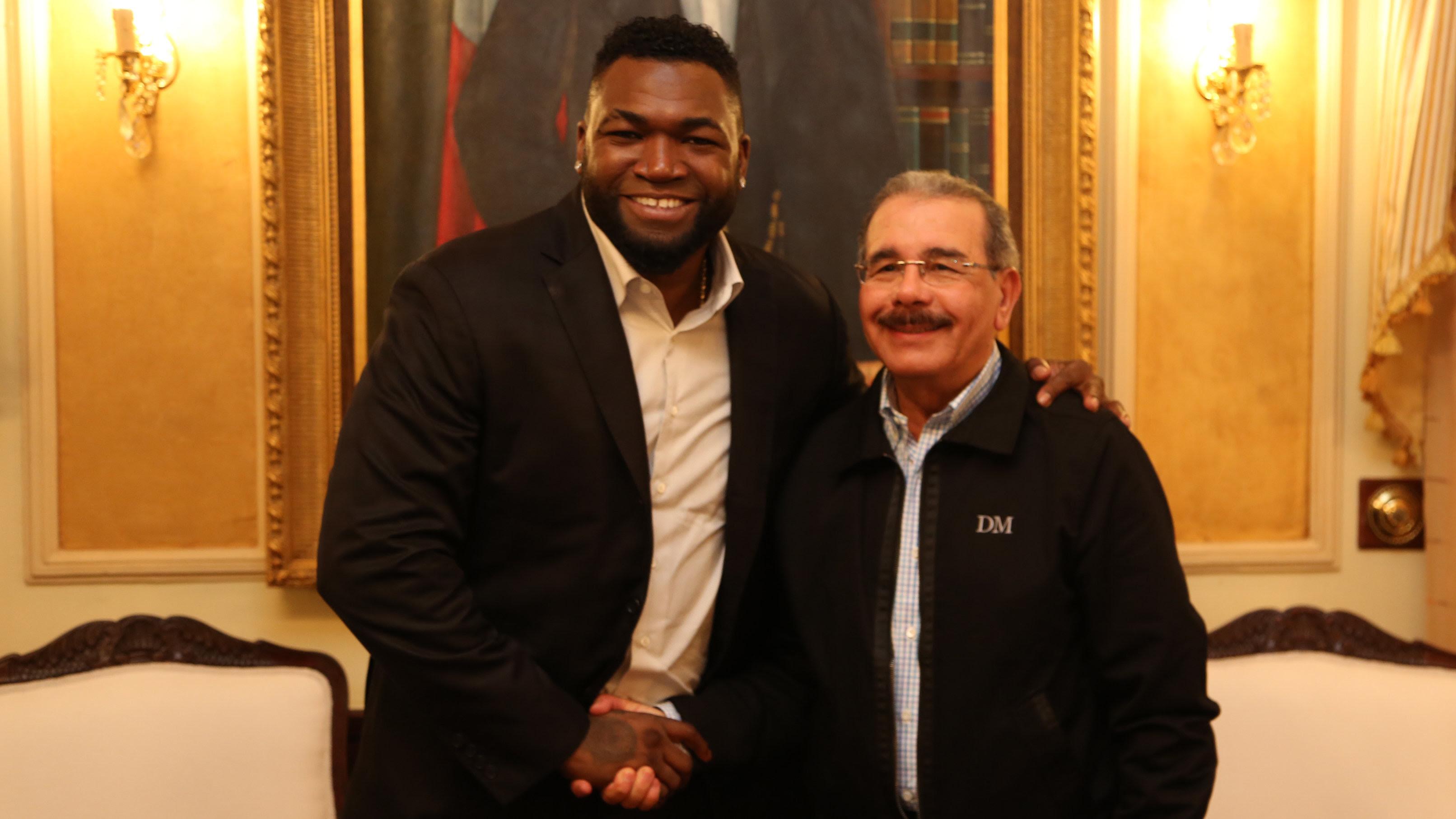 , Danilo Medina recibe en su despacho al Big Papi, David Ortiz