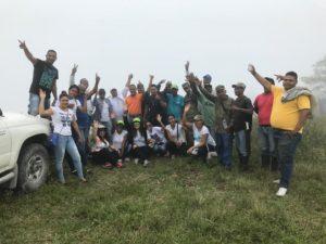 , UCATEBA planta 2,100 árboles en Cachote y Área Verde de la universidad