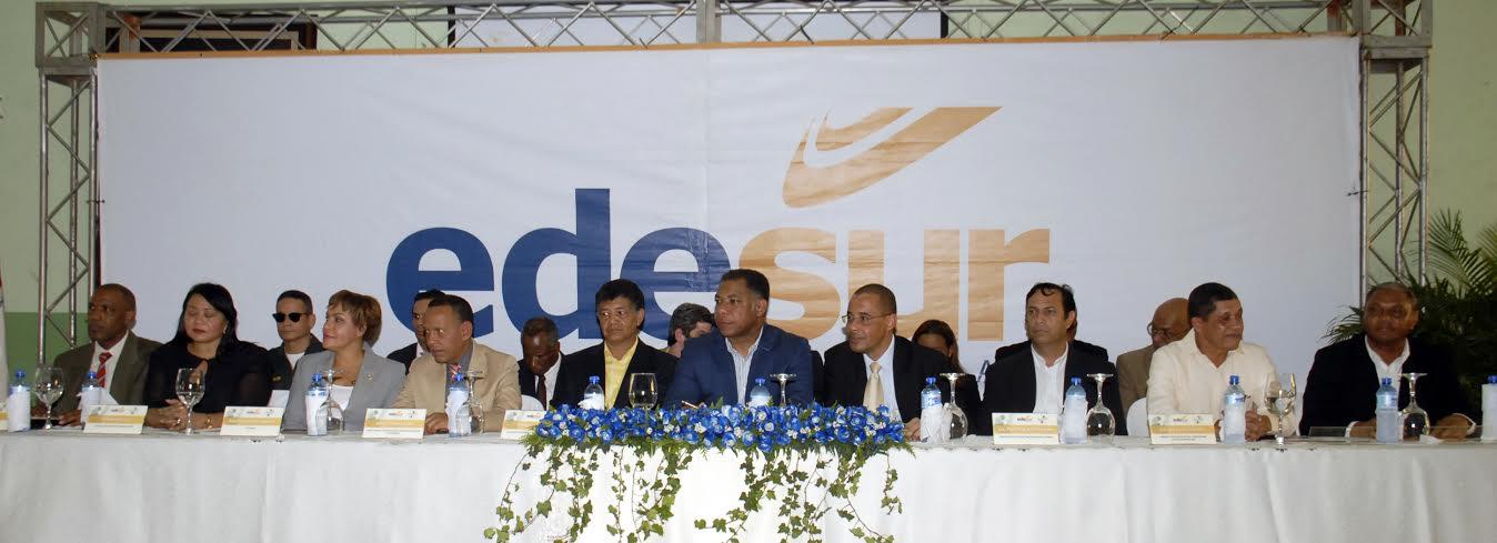 , EDESUR y CDEEE invertirán RD$280MM en reparación de redes en comunidades de Herrera y Las Caobas.