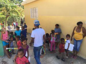 , El Movimiento Jóvenes Creando Sonrisas hacen sonreír a niños de Don Bosco en Barahona.