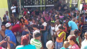 , El buen hijos a su casa vuelve: Cristian Pimentel y Liga Deportiva Pimentel entregan juguetes en Cabral
