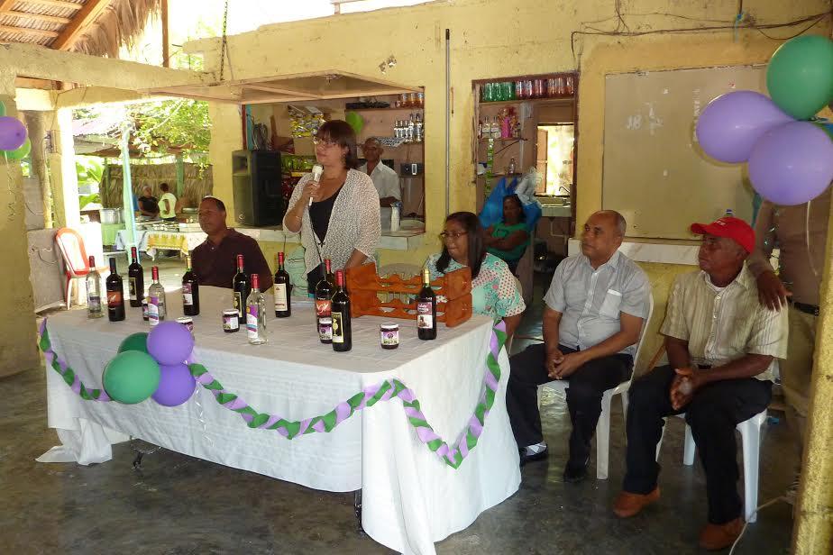 , Cooperativa de Vitivinicultores del Valle de Neiba realiza encuentro con productores de Uva.