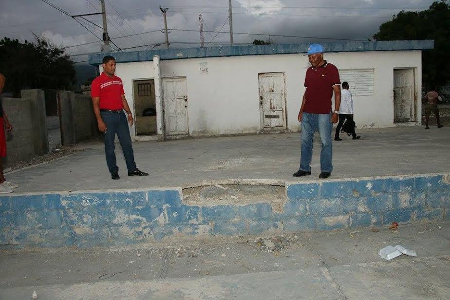 Deportes, Califican de chantaje trabajos realizados en Cancha por el ministerio de Deportes en Neiba