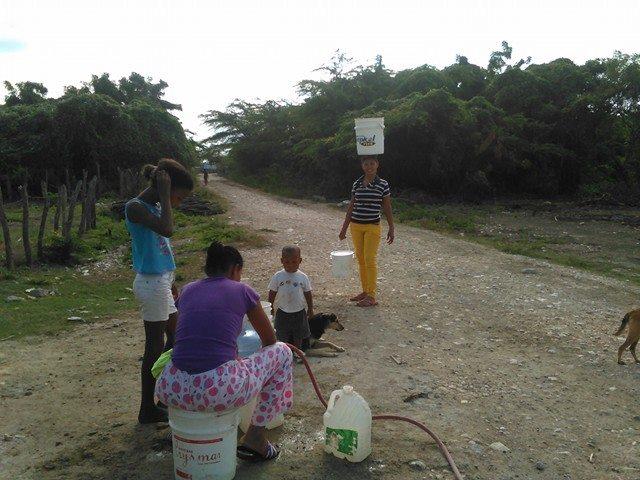 , Demando del gobierno que entregue fondos para terminación de acueducto en Cristobal