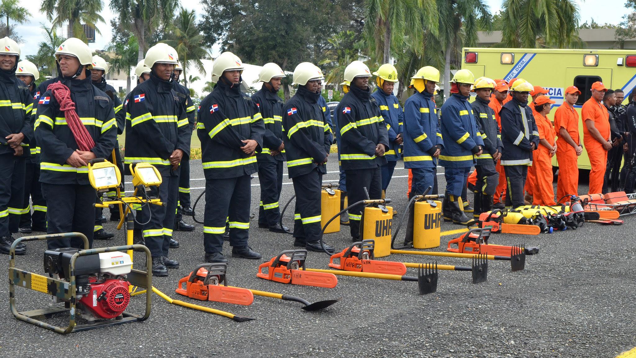 , Ministerios de Defensa y Medio Ambiente inician operativo contra incendios forestales