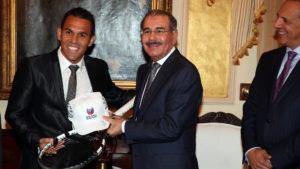 , Danilo Medina: confiamos logro Víctor Estrella sea un eslabón más en su cadena de éxitos