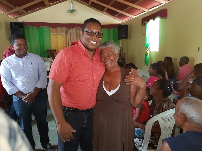 , Iglesias evangélicas agradecen donativos de  Ilianov Méndez