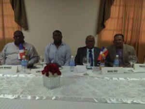 , Alcaldes de las fronteras de Haití y Rep. Dom. Realizan mesa de debate sobre problemáticas y desafíos municipales de ambos países.