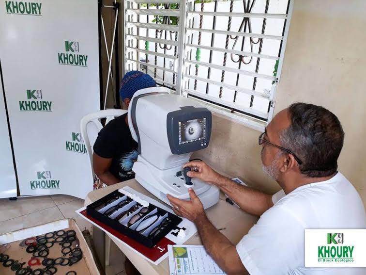 , khoury industrial realiza operativo óptico en Cabral
