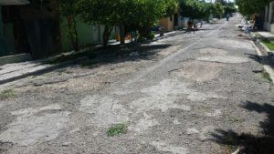 , Tras 28 de su asfaltado en Cabral piden reparación de calles internas