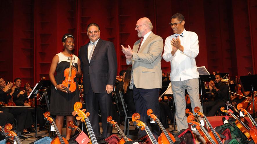 , Orquesta Sinfónica Infantil de Santiago realiza su primera presentación