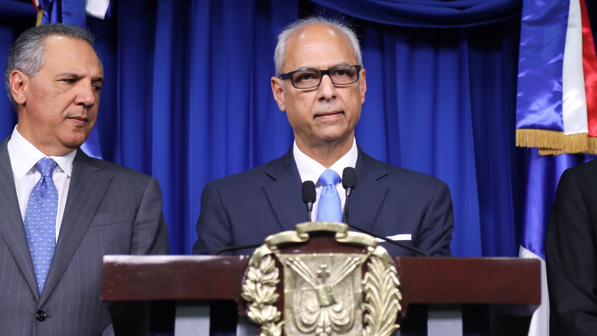 , Gobierno fija posición frente a informe comisión investigó licitación y adjudicación Punta Catalina
