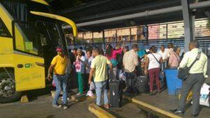 , Denuncian deficiencia en servicios Caribe Tours