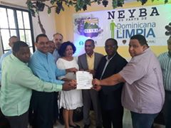 , Ponen en ejecución programa Dominicana Limpia en Neyba
