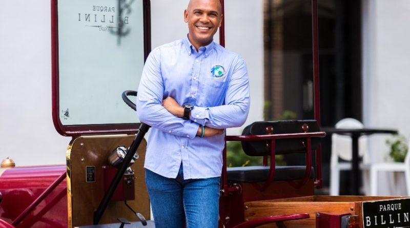 Recorriendo con Salvador entre las 30 promesas de negocios de Forbes