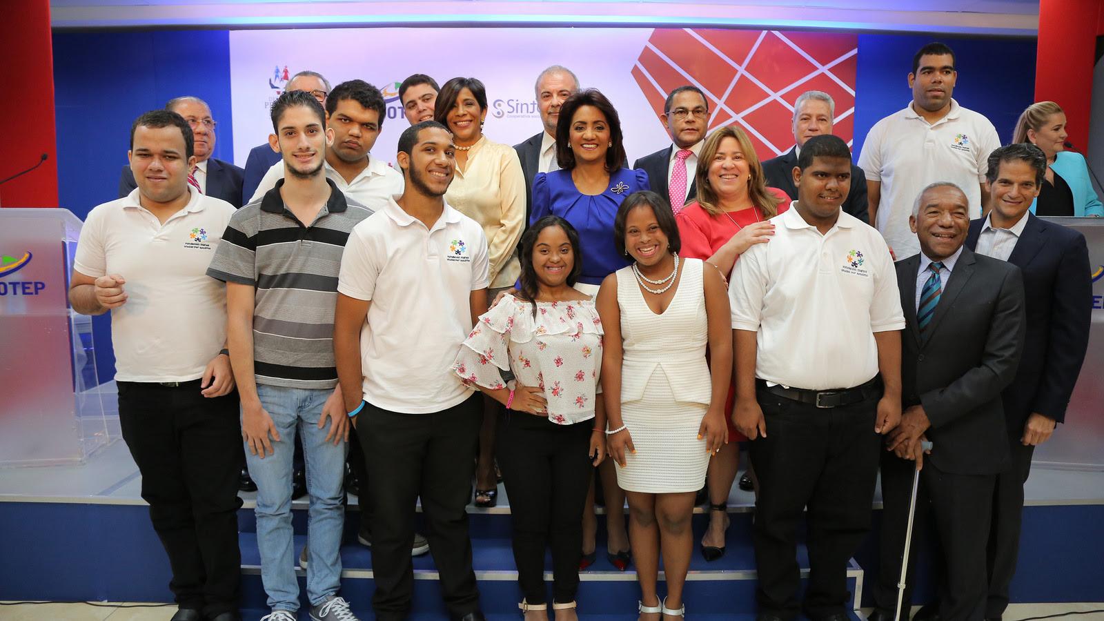 , Despacho Primera Dama e INFOTEP presentan programa de inclusión laboral