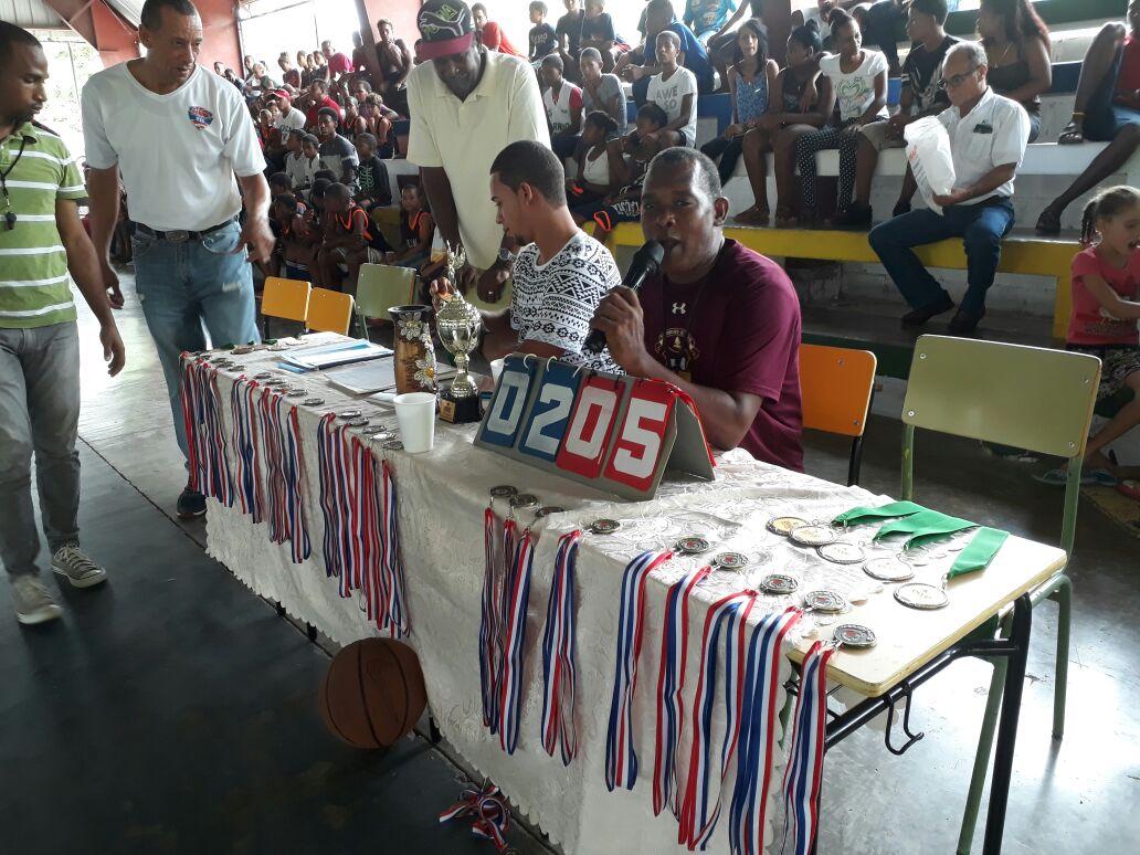 , Culmina con Éxito Torneo Copa Khoury de Baloncesto en Cabral