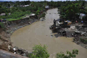 , INDRHI interviene el arroyo Jacagua en Villa González