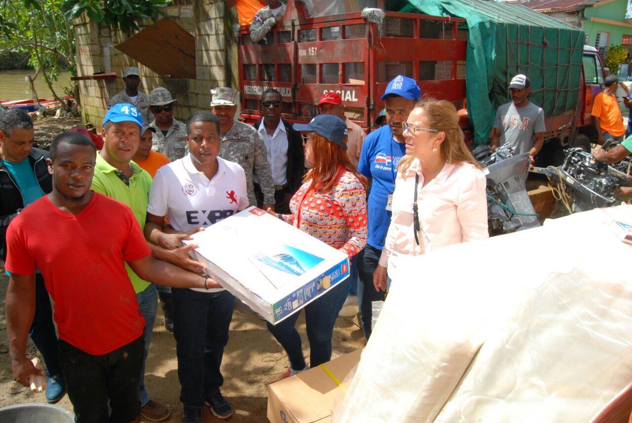 , Gobierno inicia entrega de electrodomésticos y artículos del hogar a familias afectadas por huracán María