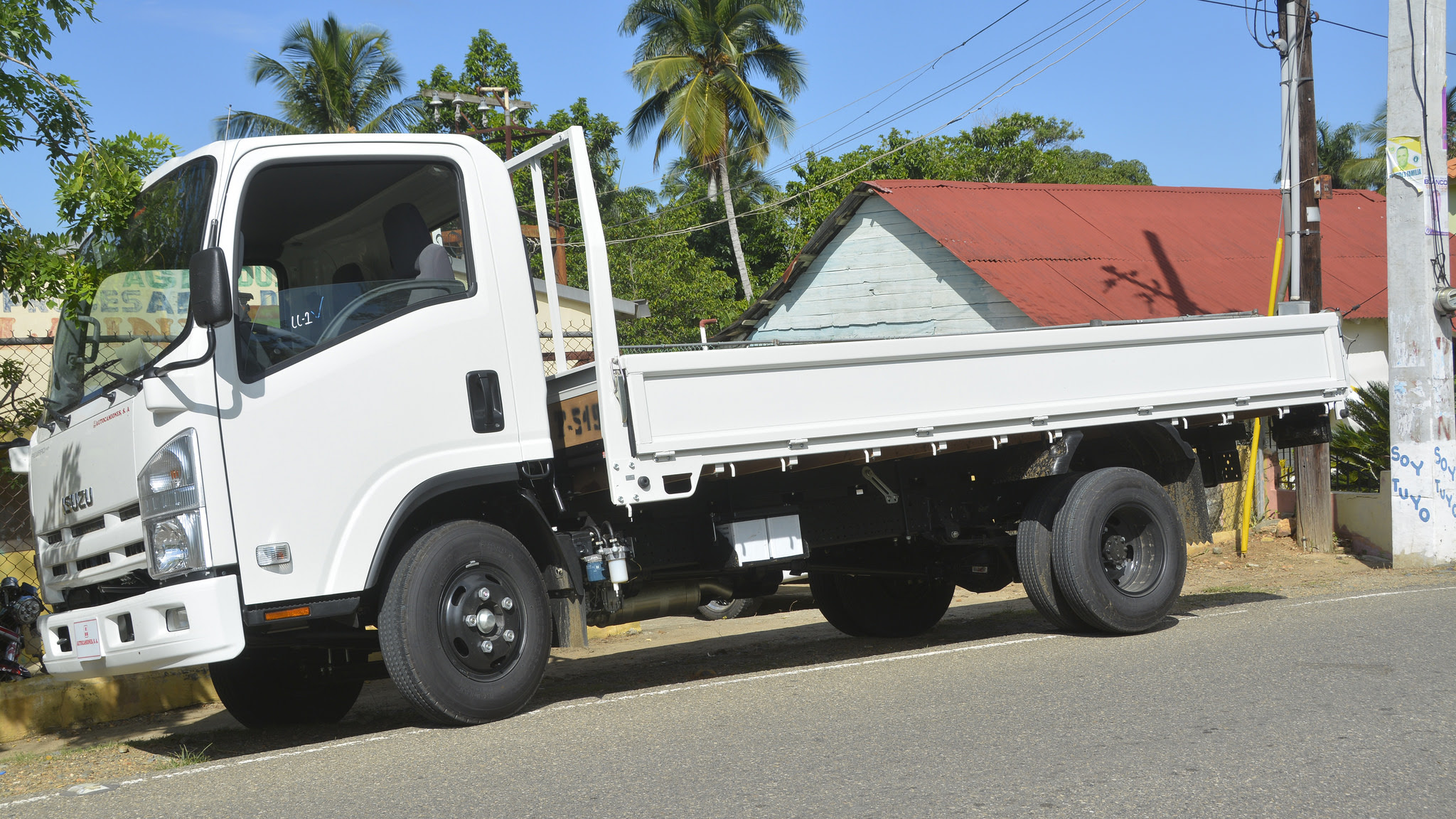 , Gobierno entrega camión a 124 productores de cáscara de naranja en Dajabón