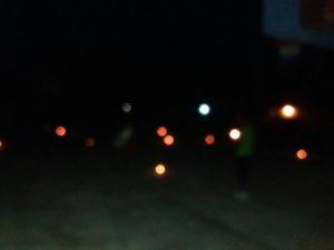 , Encienden velas en salinas por construcción de cancha
