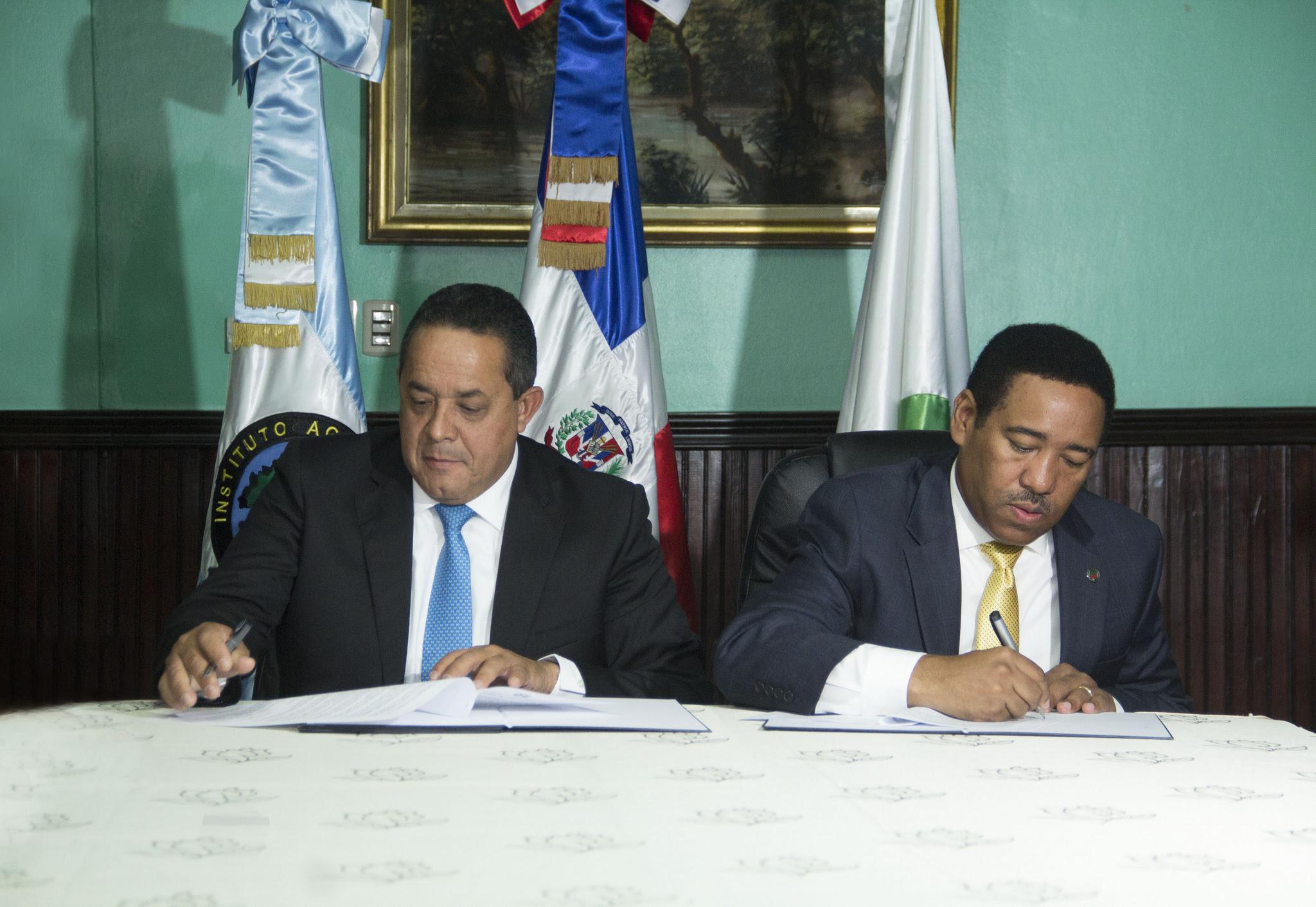 , Comedores Económicos y el IAD firman alianza; propiciará mayor cobertura alimentaria