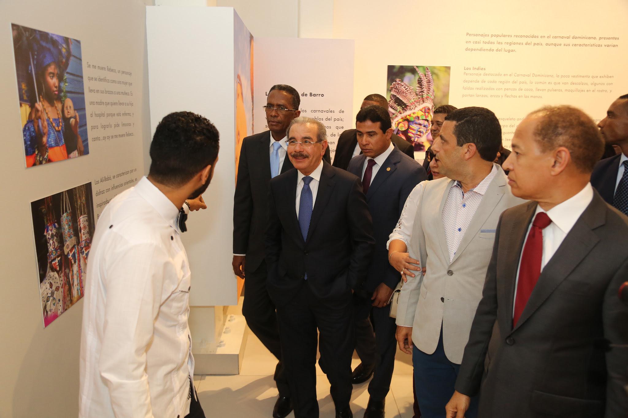 , Expresiones culturales presentes todo el año: Danilo Medina entrega Museo del Carnaval Vegano