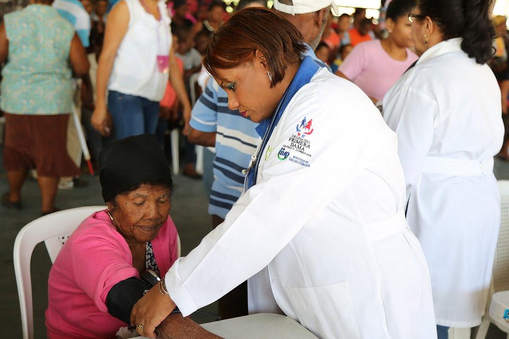 , Tres mil personas de Bahoruco reciben atención médica en jornada del Despacho Primera Dama
