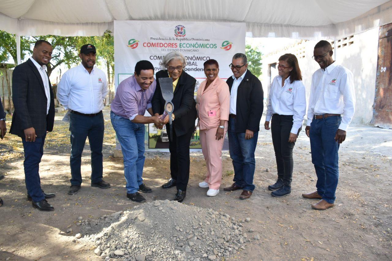 , Gobierno inicia construcción de dos comedores en Independencia y Bahoruco