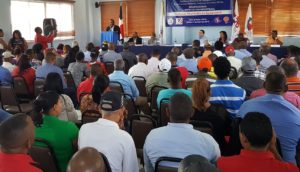 , Trabajadores de zonas francas reclaman nueva ley de seguridad social