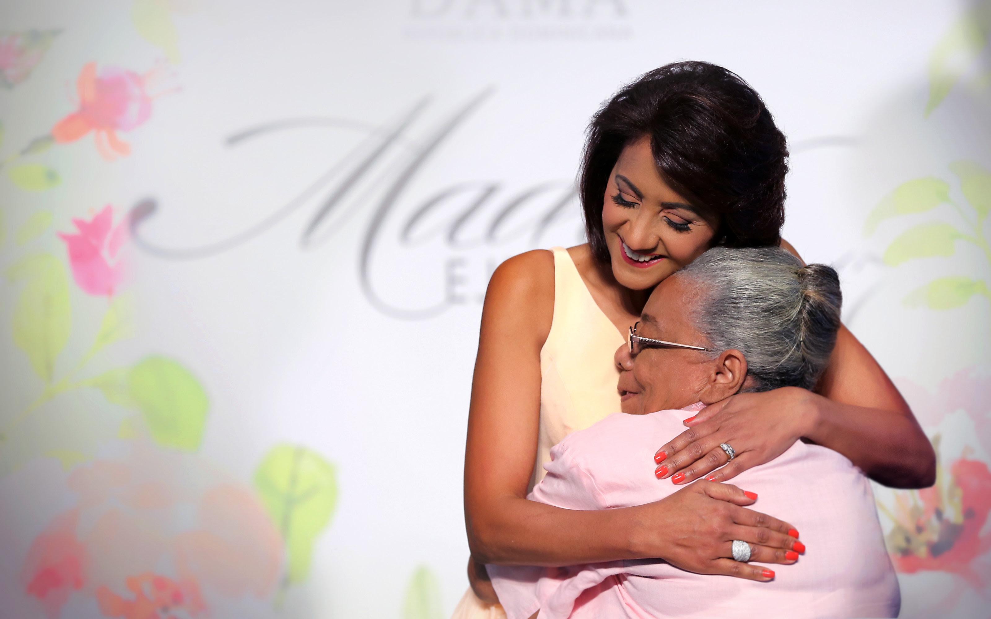 , Cándida Montilla de Medina felicita a las madres; resalta su ejemplo de amor, entrega y sacrificio