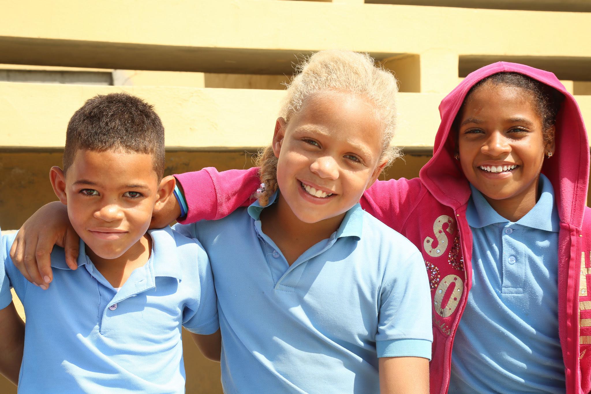 , Estudiantes de Cabeza de Toro, Bahoruco, reciben con algarabía anhelado Centro Educativo Nivel Secundario