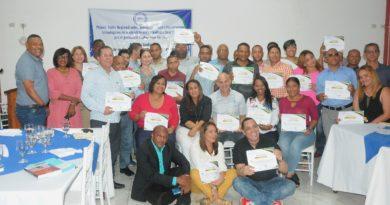 parte-de-los-comunicadores-que-participaron-en-el-taller