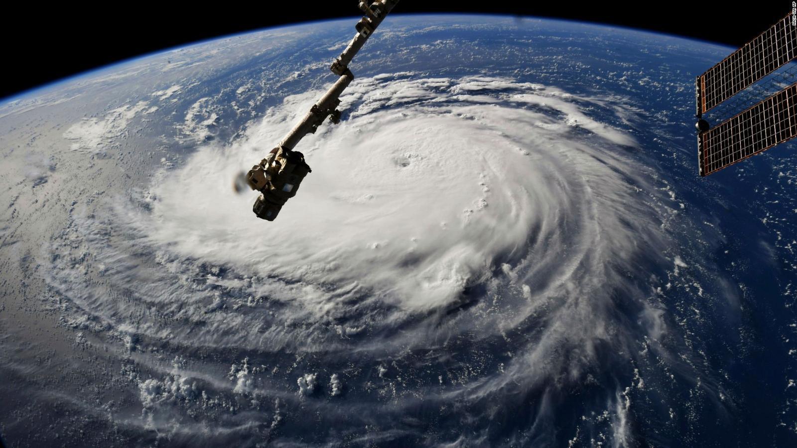 , El huracán Florence se acerca a categoría 5: más de 1 millón de personas evacuadas