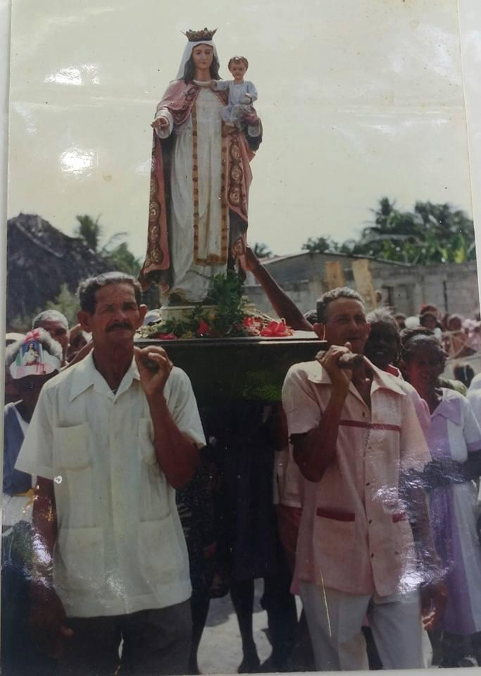, Nuestras Raíces Mueren en las Fiestas Patronales de Cabral