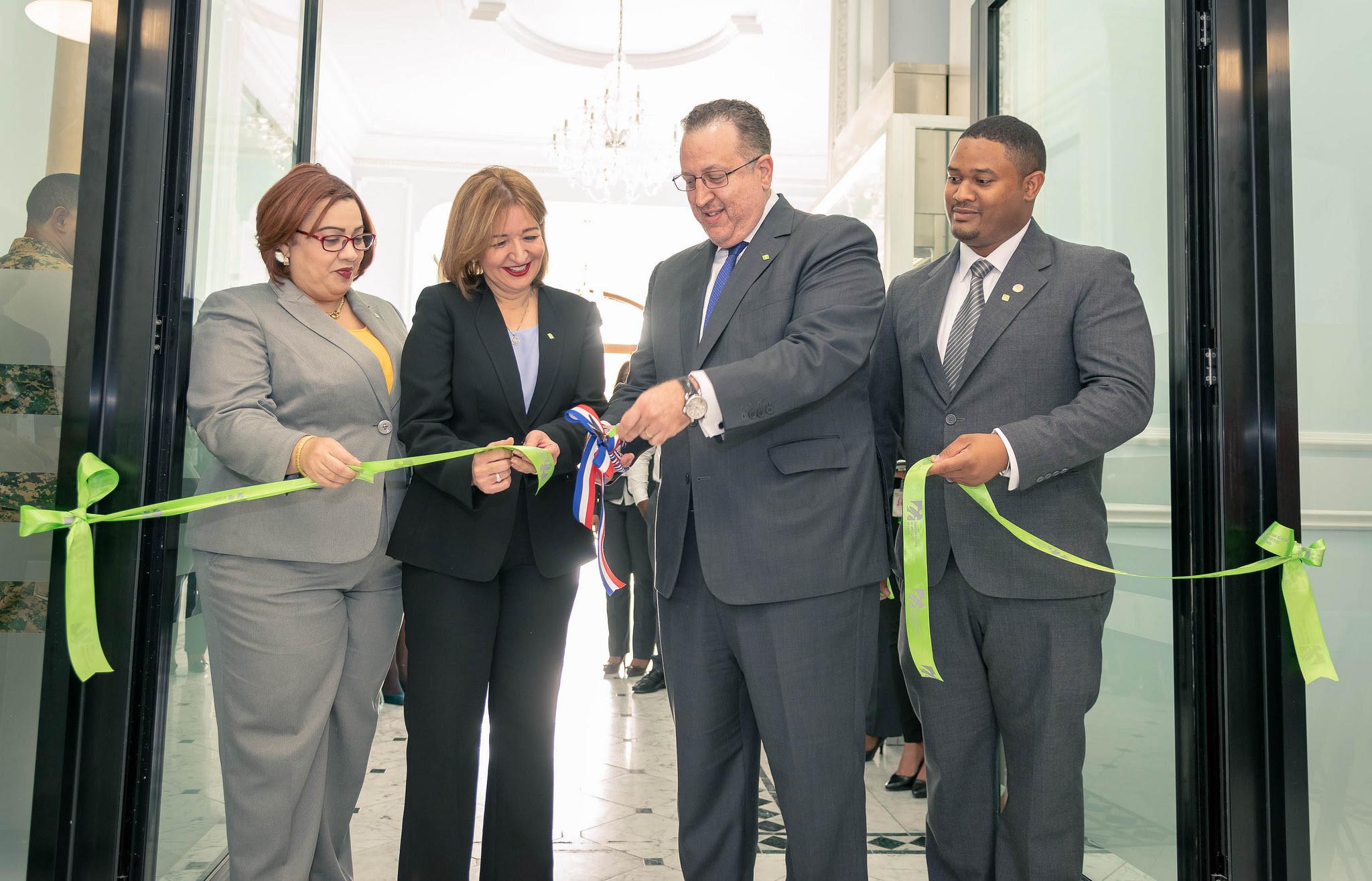 , DGII pone en funcionamiento nuevas oficinas en Boca Chica, Bonao, Los Mina, San Cristóbal y La Romana