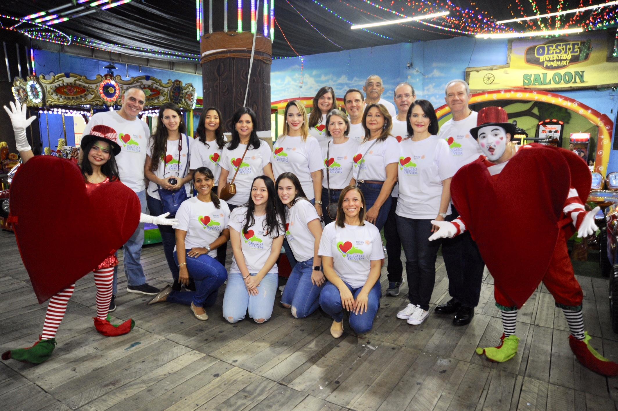 , Corazón de Navidad, gran fiesta infantil para regalar vida a niños  con problemas congénitos del corazón