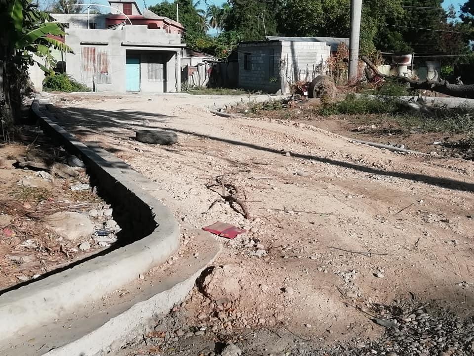 Tamayo y su sueño de ver asfaltada sus calles a punto de perder la paciencia.