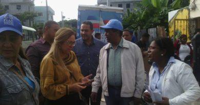 Plan Social entrega ajuares para casa de Asociación de Estudiantes Universitarios de Jimaní