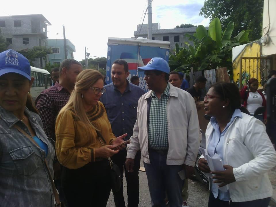 , Plan Social entrega ajuares para casa de Asociación de Estudiantes Universitarios de Jimaní