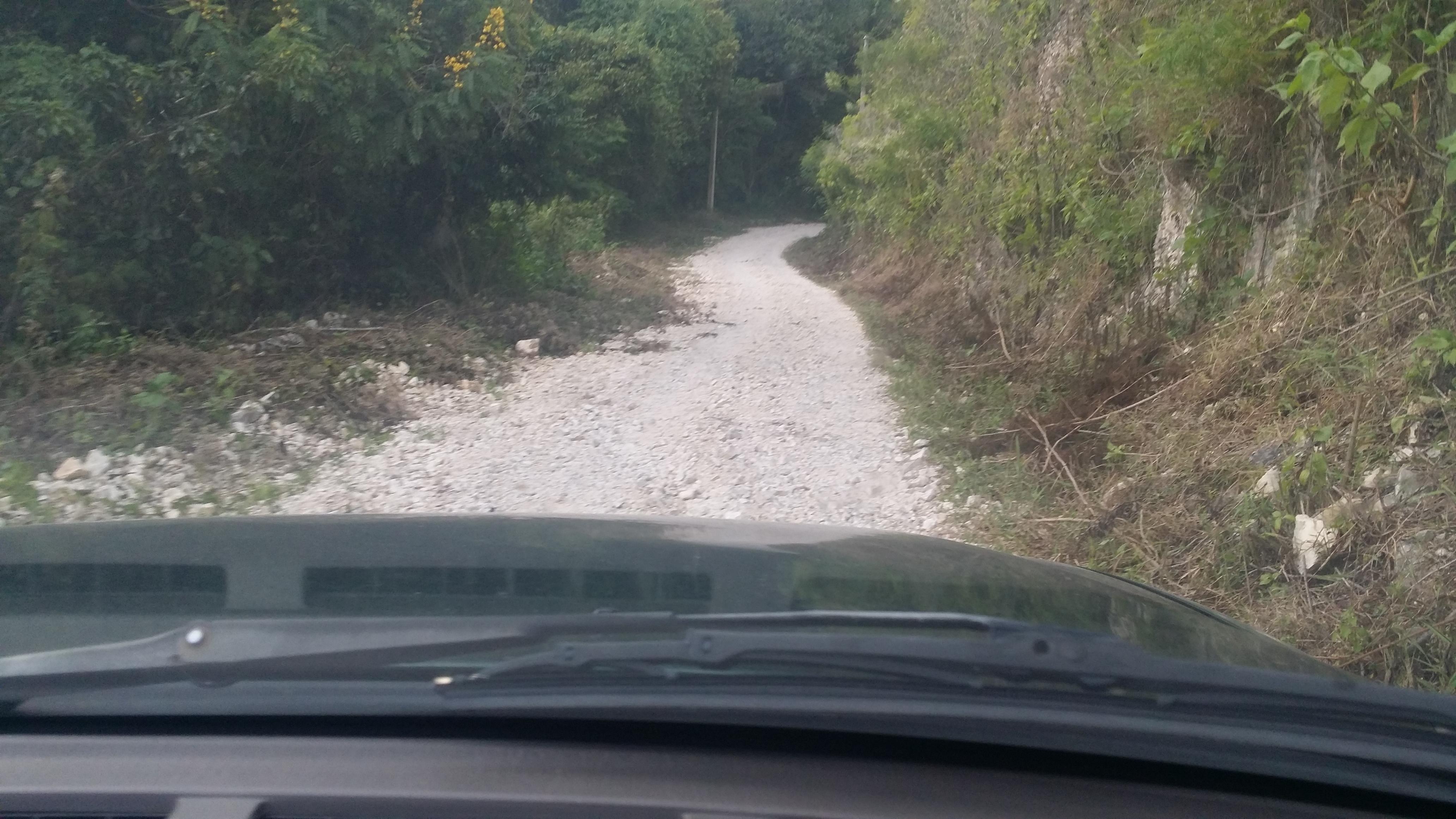 Agricultores de la zona alta de Polo demandan intervención de caminos vecinales