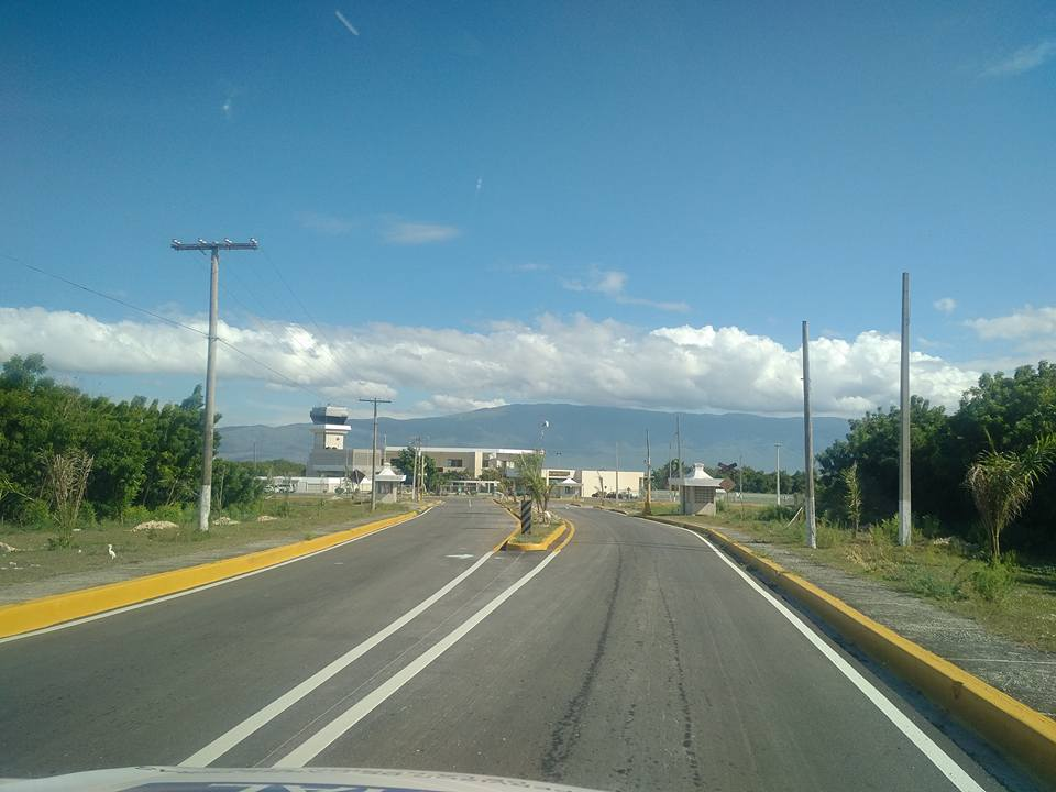 , Obras Públicas señaliza via cruce de Cabral aeropuerto María Montez