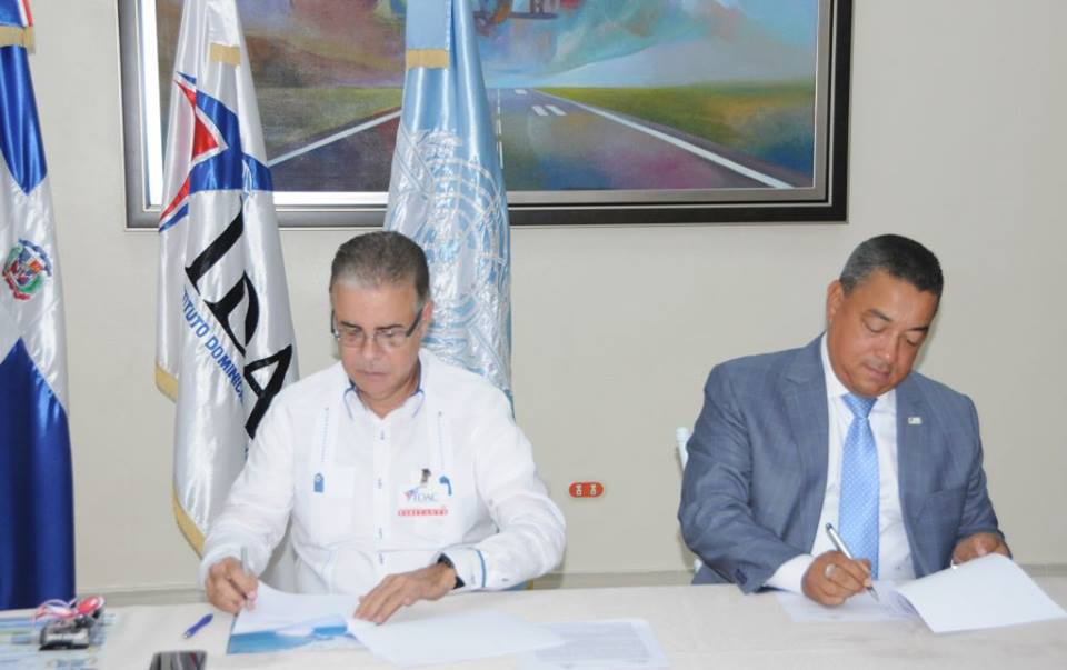 turismo y aviación civil., IDAC y ADOMPRETUR acuerdan plan de capacitación sobre comunicación, turismo y aviación civil.