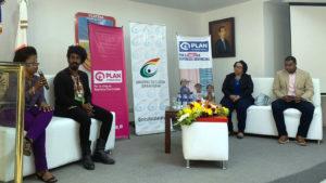 Realizan en Barahona foro sobre matrimonio infantil & embarazo en adolescentes